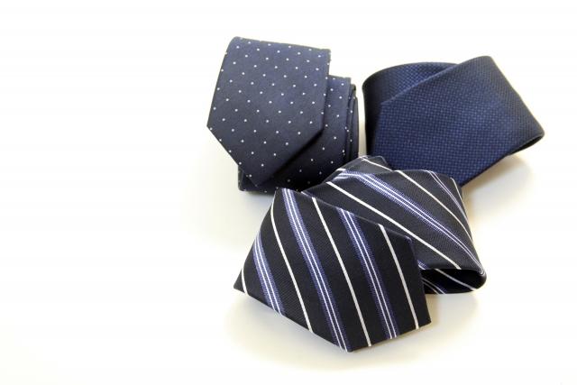結婚式のネクタイを古着ゲットしよう