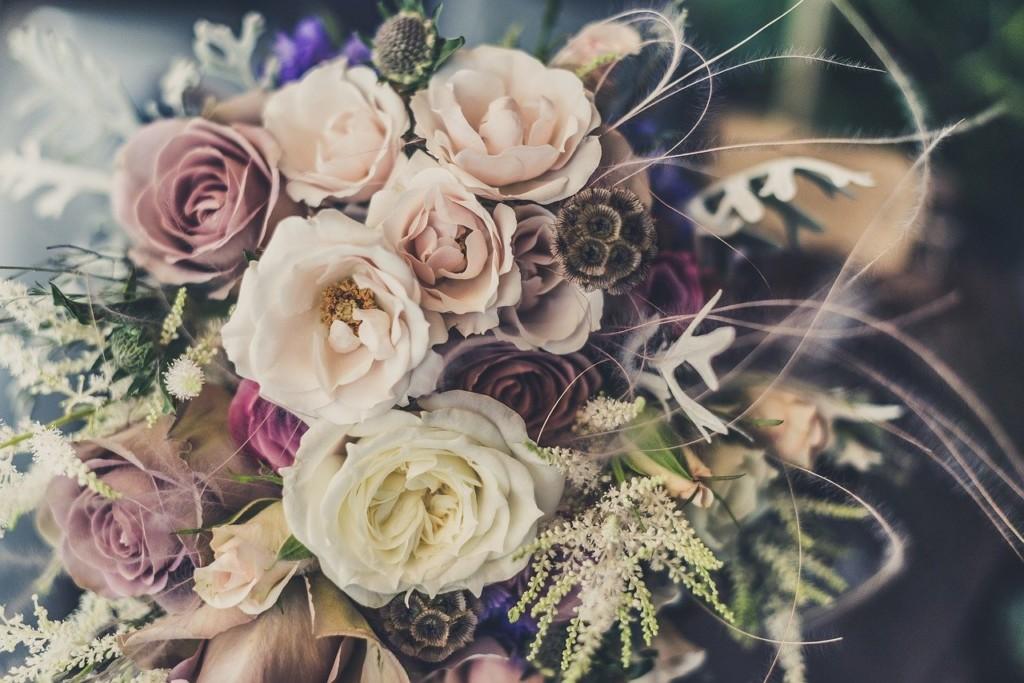 花柄の洋服のコーディネートのコツ