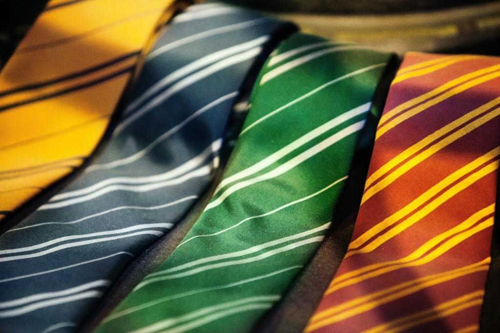 結婚式で着用するネクタイの色